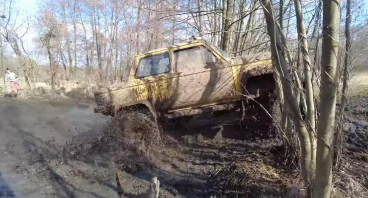В Украине из Запорожца сделали настоящий Монстр-трак: видео