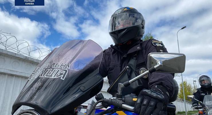 На улицы Киева выедет мотопатруль: быстрые, опытные и мобильные