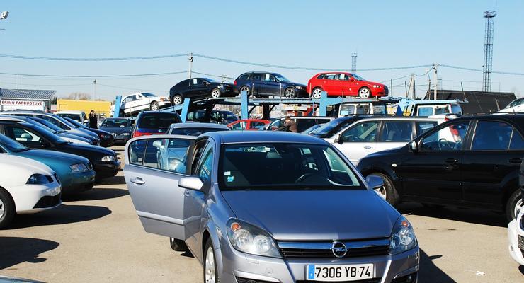 Нерастаможенные авто в Украине до 1000 долларов: что купить