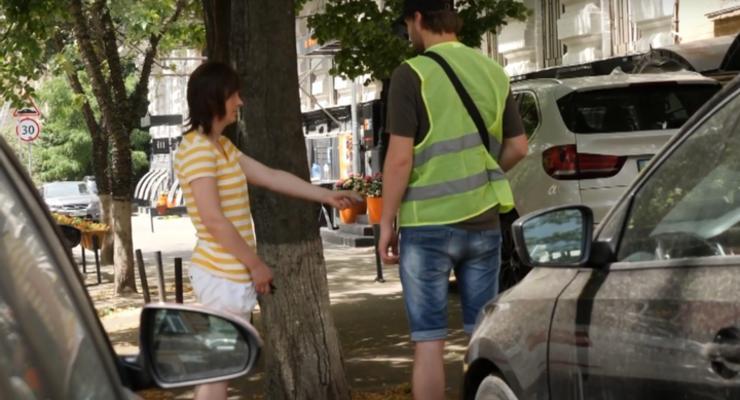 Как не платить парковщикам в Киеве: видео-инструкция