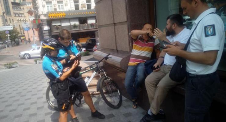 Полиция против киевских инспекторов по парковке: подробности скандала
