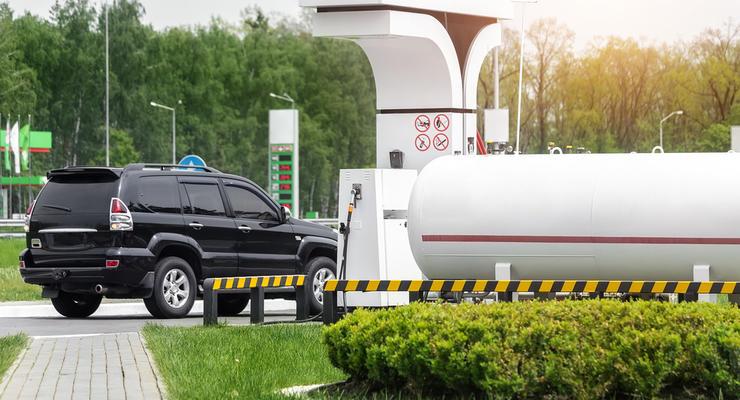Почему в Украине дорожает газ на авто: до 18 грн за литр