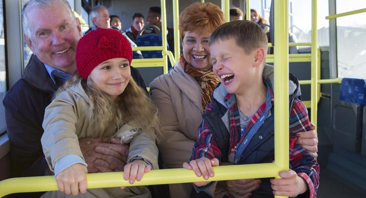 """""""Полезно знать"""": Можно ли детям ездить бесплатно в Украине"""