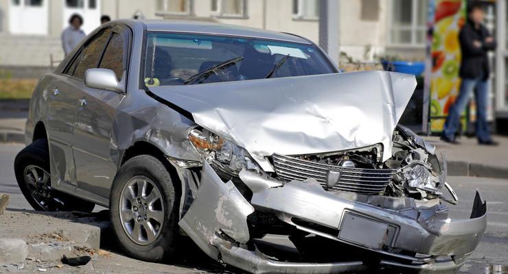 Автомобили после ДТП в Украине: стоит ли рассматривать к покупке