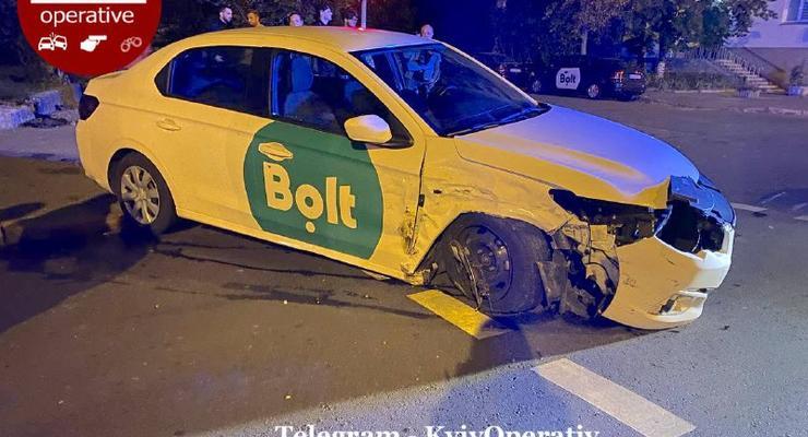 Водитель такси Bolt попал в аварию из-за пассажирки: подробности