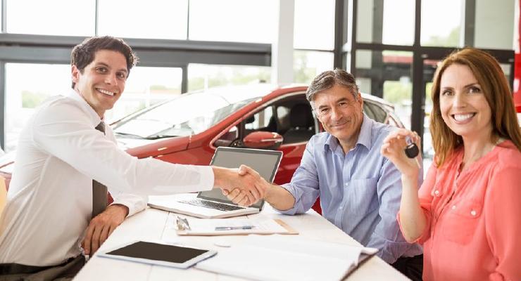 """Водители смогут оформить договор купли-продажи в """"Дія"""": подробности"""